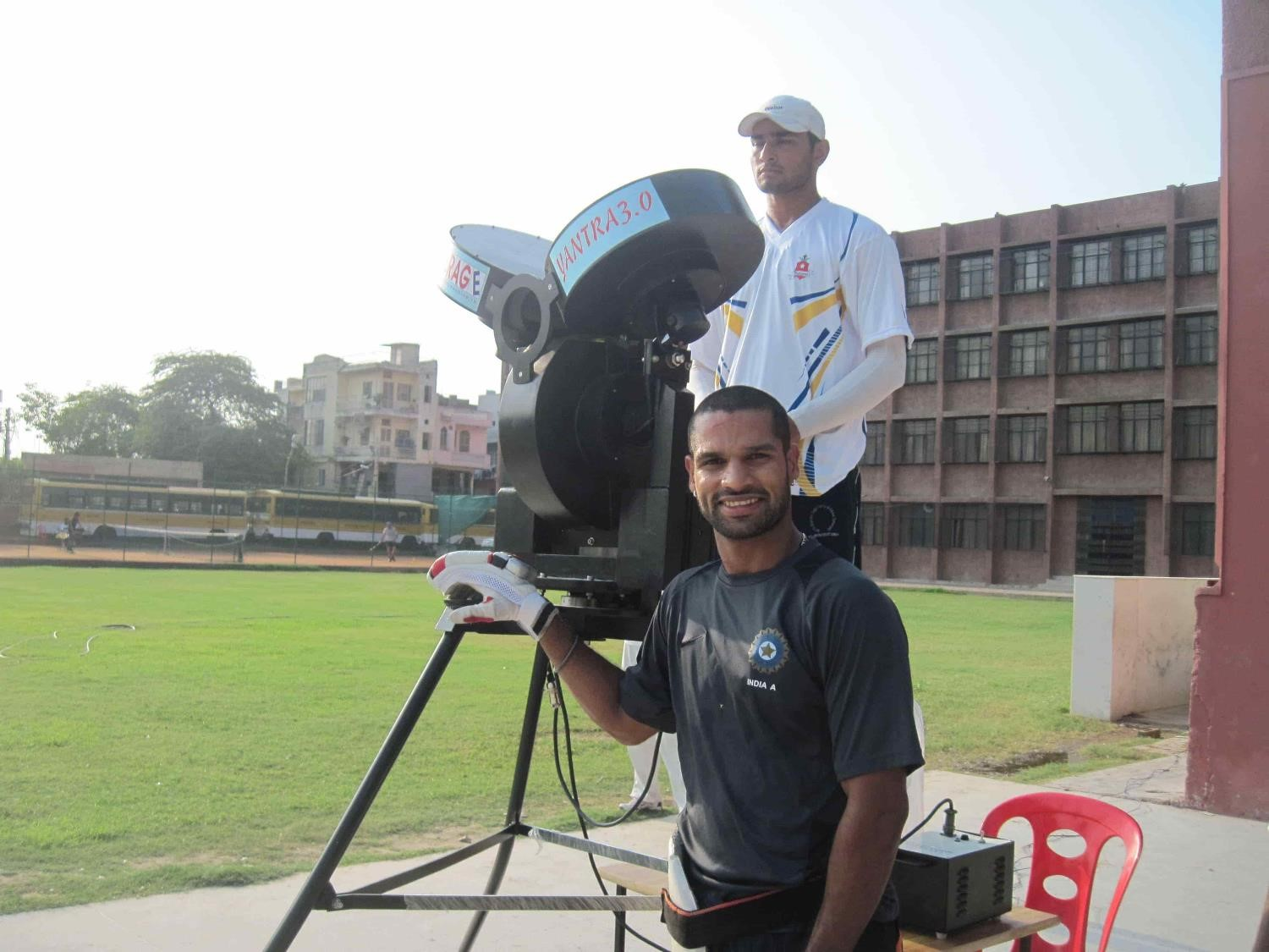 Shikhar Dhawan vs Leverage Cricket Bowling Machine